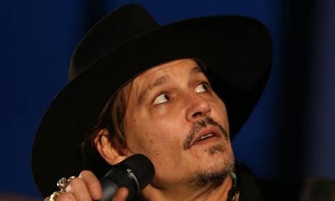 Αγνώριστος ο Johnny Depp: Η εικόνα που σόκαρε τους θαυμαστές του