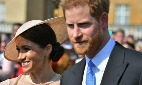 Ο πρίγκιπας Harry θα γίνει κουμπάρος τον Αύγουστο και δεν φαντάζεσαι ποιόν θα παντρέψει!