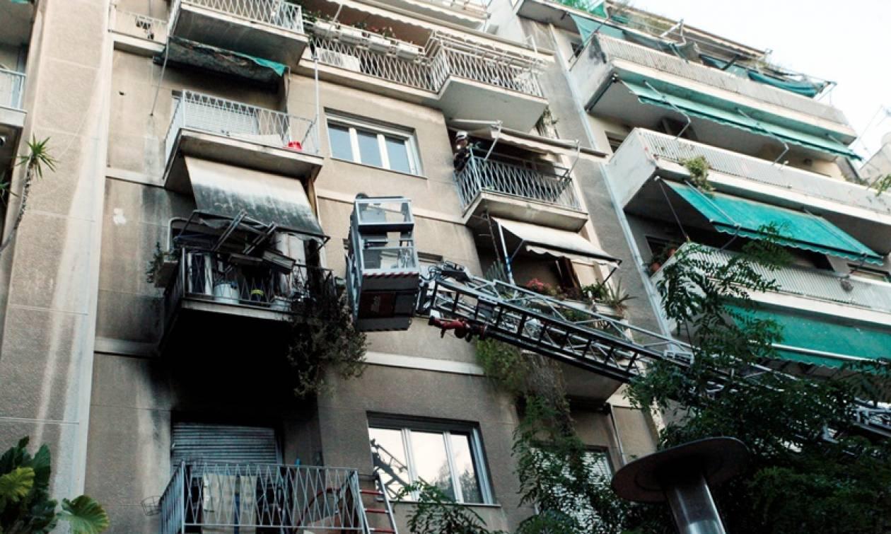 Πυρκαγιά σε διαμέρισμα στην Κυψέλη (pics)