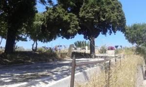 Απίστευτο: Άπλωσαν μπουγάδα στα τείχη της Παλιάς πόλης της Ρόδου (photos)