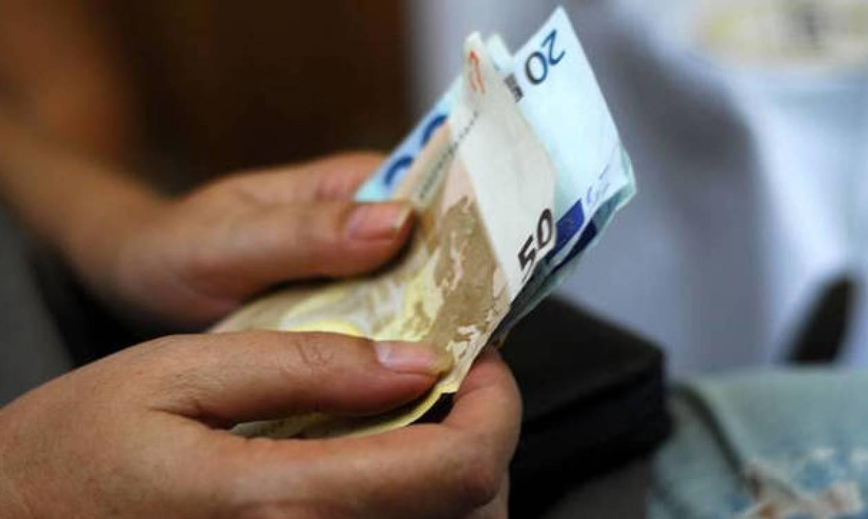 Η Εφορία θα μας... χτυπά την πόρτα κάθε μήνα - «Προπληρωμή» φόρων με νέο σύστημα μηνιαίας καταβολής