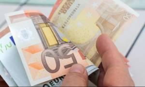 ΑΑΔΕ: Στην «τσιμπίδα» της Εφορίας μία στις δύο επιχειρήσεις