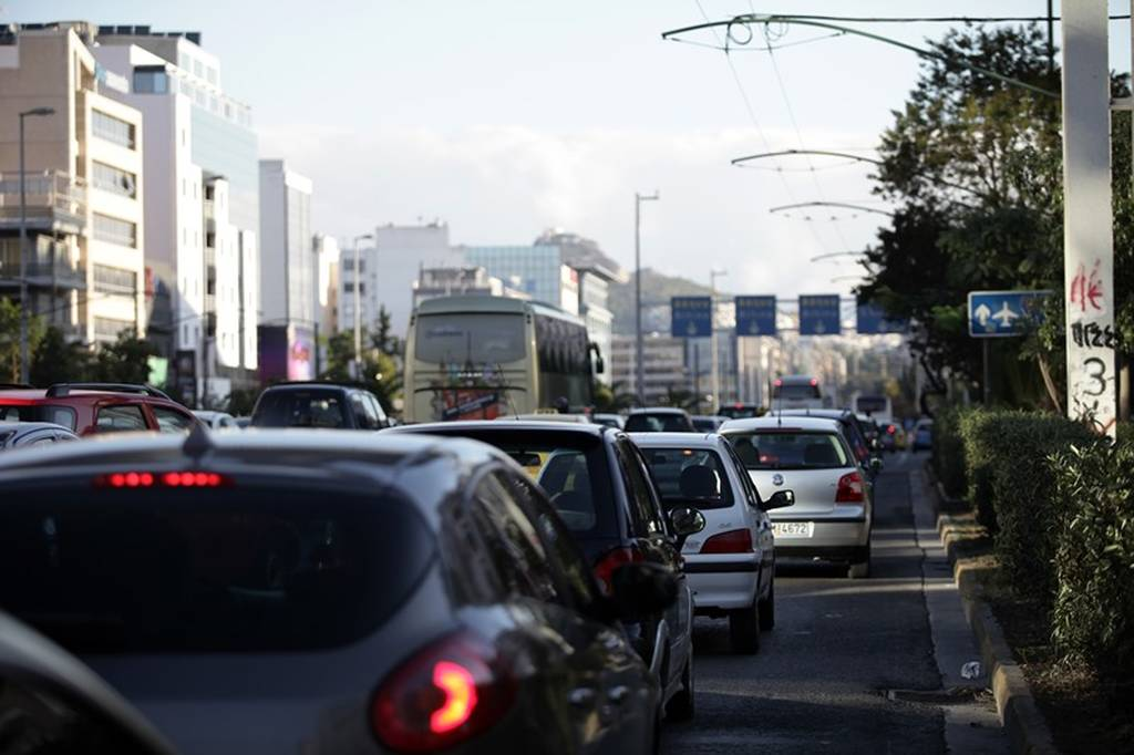 Δίπλωμα οδήγησης: Αλλάζουν τα ΠΑΝΤΑ στις εξετάσεις - Προσοχή στα «τσουχτερά» πρόστιμα