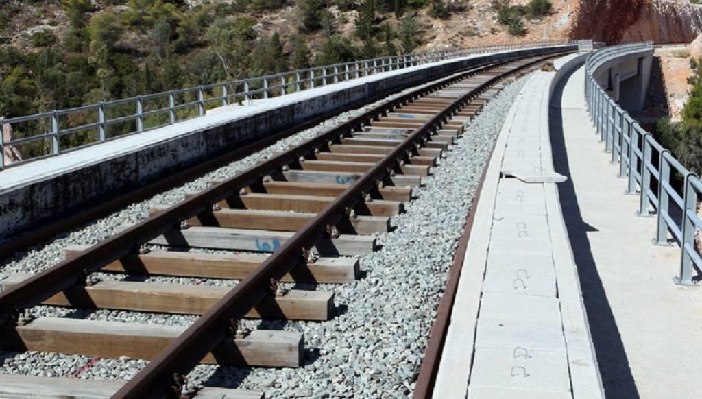 Νέες απεργιακές κινητοποιήσεις σε τρένα και προαστιακό