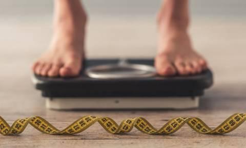 Ακούσια απώλεια βάρους: 6 ανησυχητικές αιτίες που πρέπει να γνωρίζετε