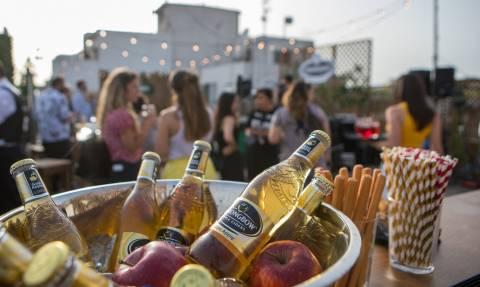 Να γιατί «το ποτό μετά την δουλειά» είναι ό,τι καλύτερο για εσένα και τους συναδέλφους σου!