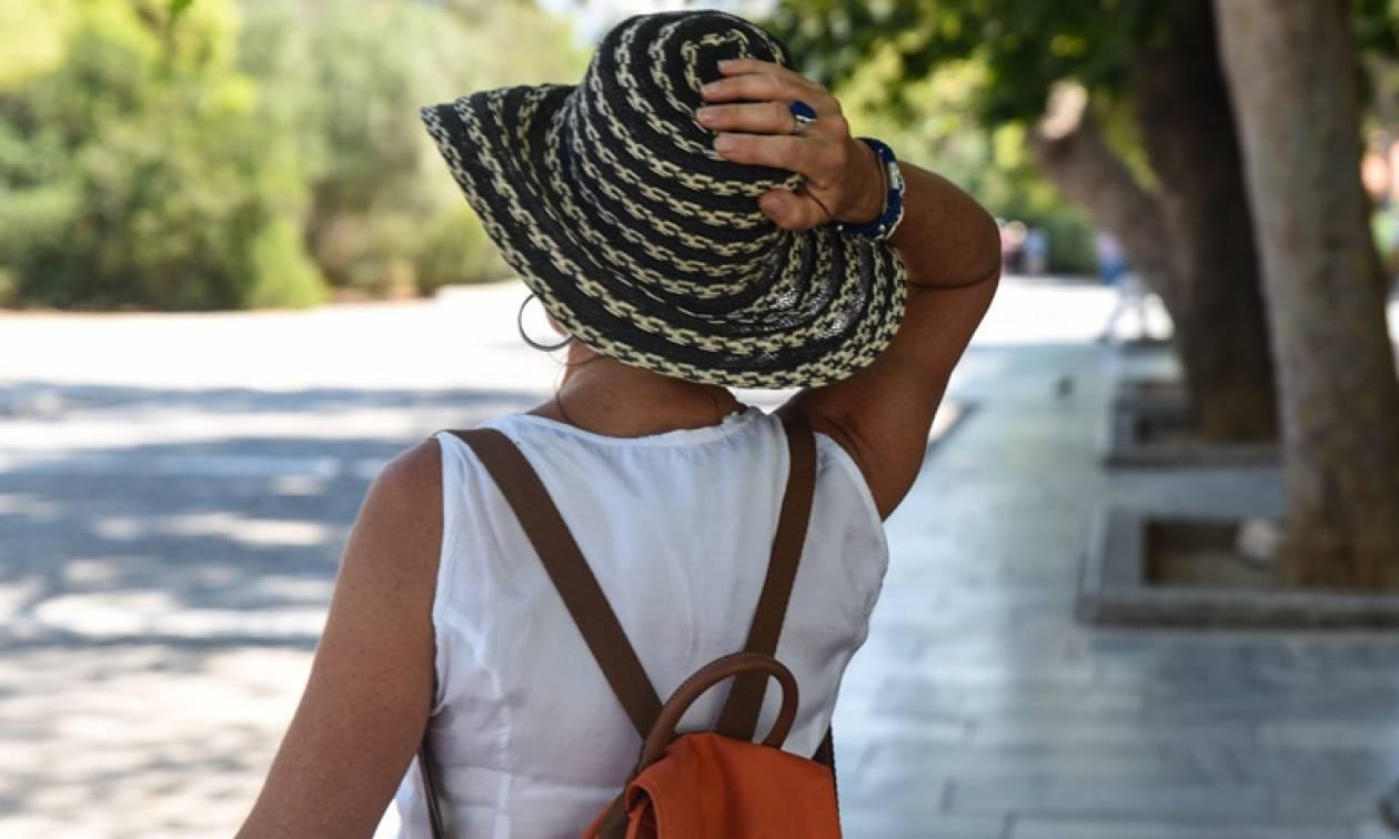 Καιρός: Αφόρητη ζέστη και στην Αθήνα - Πού θα φτάσει η θερμοκρασία τις επόμενες ώρες