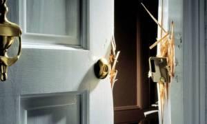 Προσοχή: 25 πρώην διαρρήκτες αποκαλύπτουν τι παρατηρούν και «μπουκάρουν» στα σπίτια