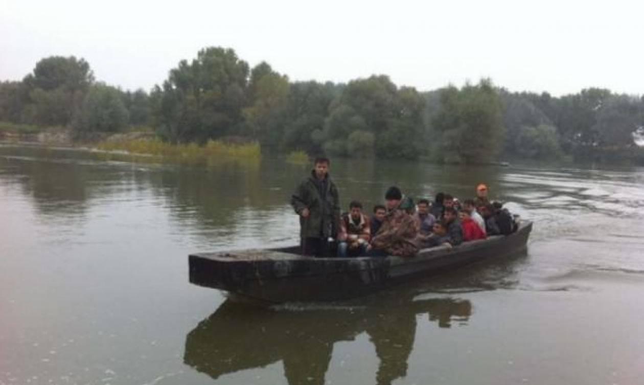 Έβρος: 34 μετανάστες απεγκλωβίστηκαν από νησίδα του στο Δέλτα του ποταμού