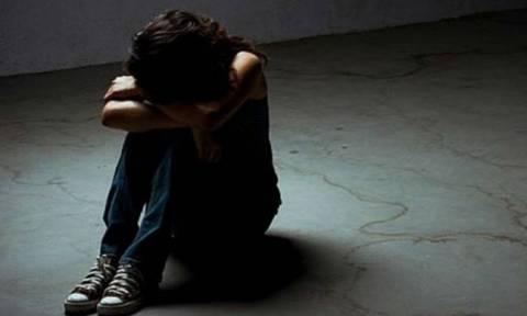 Σοκ στη Λαμία: Συνταξιούχος δικηγόρος κακοποιούσε σεξουαλικά τα εγγόνια του
