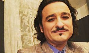 Βασίλης Χαραλαμπόπουλος: Δημοσιεύει για πρώτη φορά φωτογραφία από το γάμο του