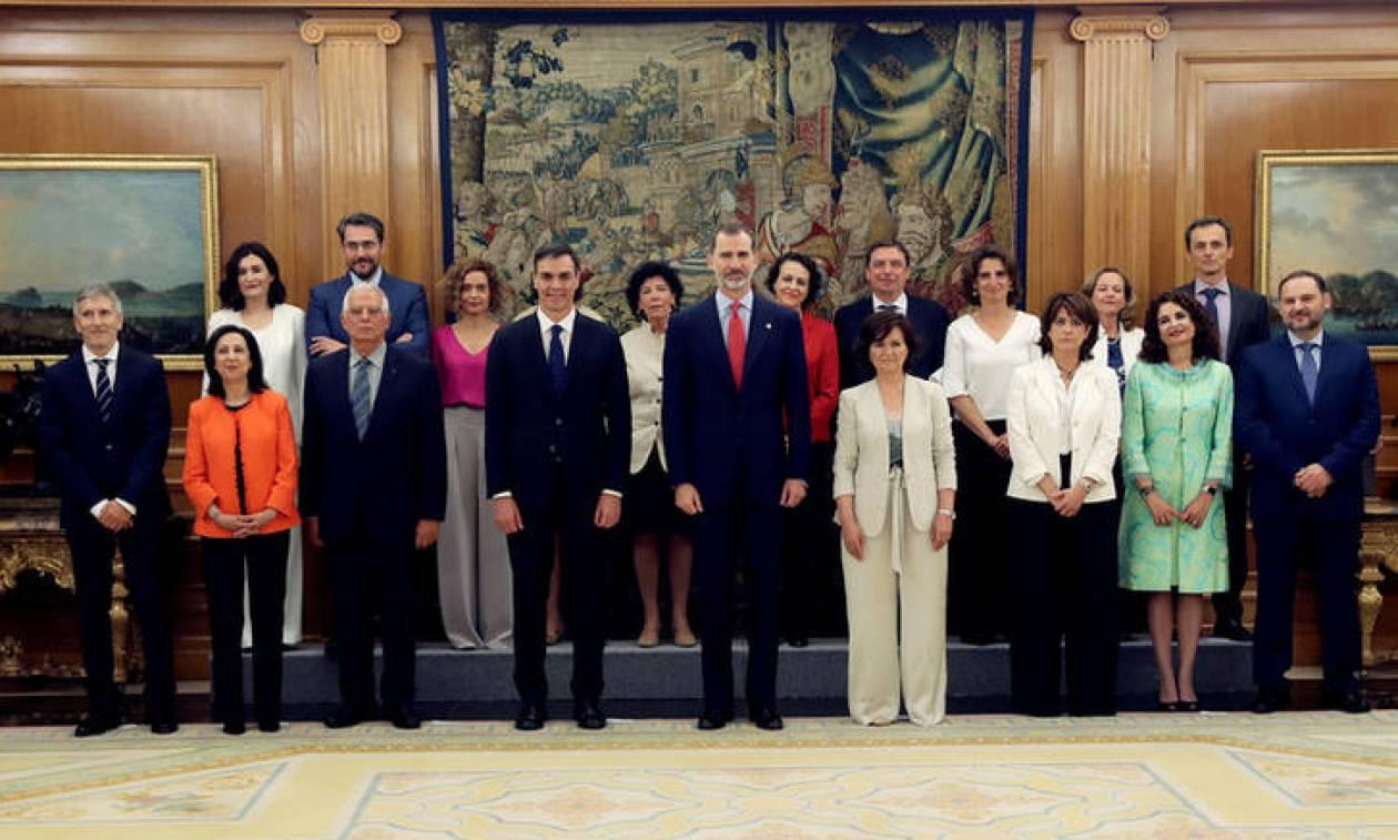 Ισπανία: Γυναικεία υπόθεση η κυβέρνηση Σάντσεθ