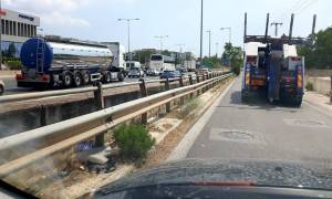 ΤΩΡΑ: Τροχαίο στον Κηφισό - Κυκλοφοριακό χάος στο ρεύμα προς Αθήνα