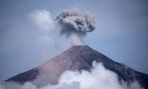 Γουατεμάλα: Αποχωρούν οι διασώστες από τη ζώνη έκρηξης του ηφαιστείου
