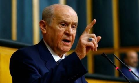 Τρελάθηκε ο Μπαχτσελί: Η Ελλάδα σχεδιάζει εισβολή στην Τουρκία – Δεν θα γλιτώσει