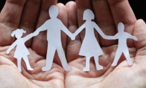 Επίδομα παιδιού 2018: Εγκρίθηκε η β΄ δόση - Αντίστροφη μέτρηση για την πληρωμή των δικαιούχων