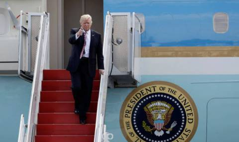 U.S. president may stop at US base in Souda, Crete for refuelling this weekend