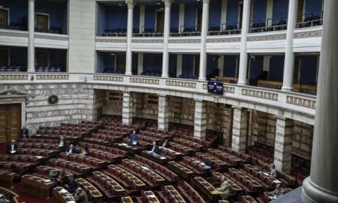 Κατατέθηκε στη Βουλή το πολυνομοσχέδιο με τα προαπαιτούμενα