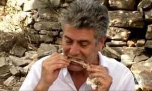 Anthony Bourdain: Όταν ο διάσημος Σεφ ταξίδεψε στην Ελλάδα (Vids)