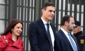 Ισπανία: Το Podemos κατηγορεί τον Σάντσεθ για αλαζονεία