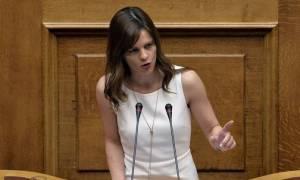 Αχτσιόγλου: Η Ελλάδα θα βγει καθαρά από το πρόγραμμα δημοσιονομικής προσαρμογής