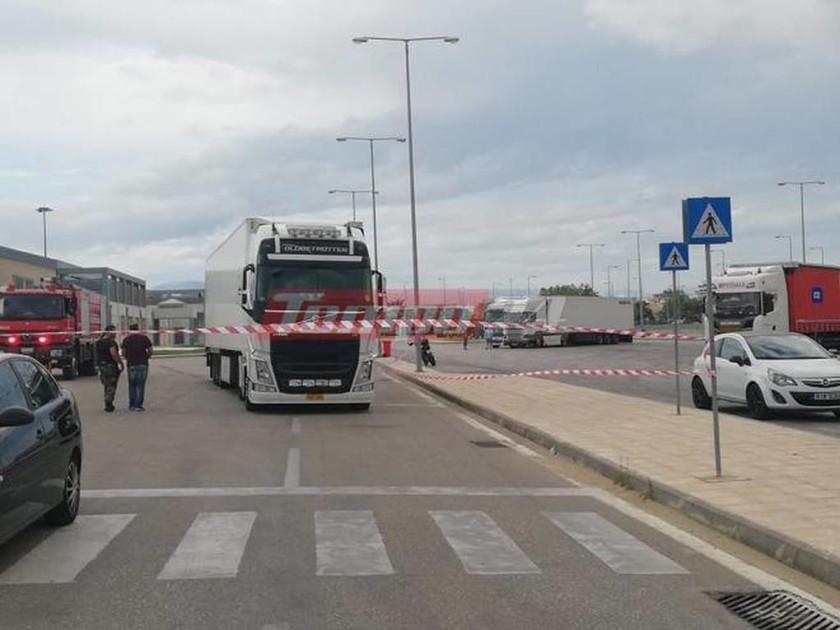 Τραγωδία στην Πάτρα: Νεκρός ο μετανάστης που παρασύρθηκε από νταλίκα στο λιμάνι (Pics+Vids)