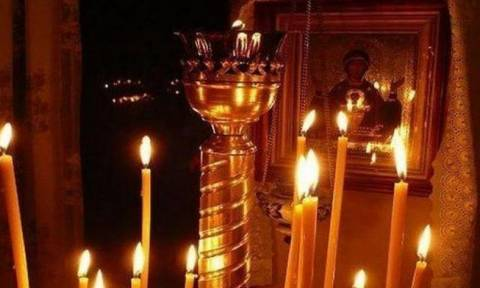 Για ποιο λόγο ανάβουμε κεριά μπροστά στις εικόνες;
