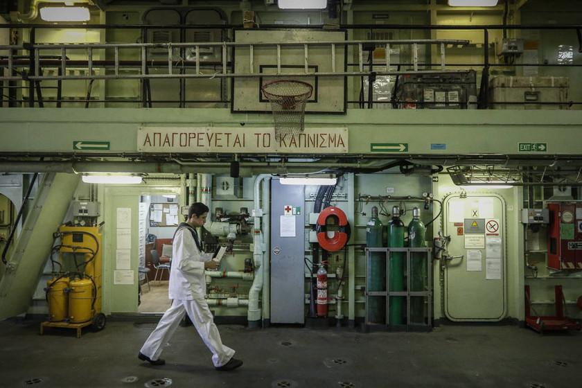 Ηχηρό μήνυμα Παυλόπουλου στην Τουρκία: Θα υπερασπιστούμε την ελληνική ΑΟΖ (pics+vid)