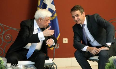 Συνάντηση με τον Προκόπη Παυλόπουλο ζητά ο Κυριάκος Μητσοτάκης
