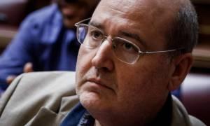 Φίλης: Όταν ένας υπουργός διαφωνεί σε κορυφαίο ζήτημα, πρέπει να παραιτηθεί