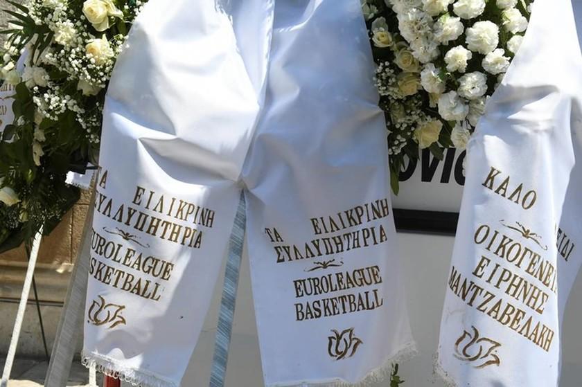 Περίπου 3.500 στεφάνια στη μνήμη του Παύλου Γιαννακόπουλου
