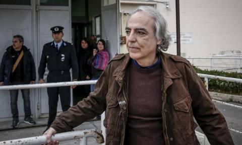 Σταματά την απεργία πείνας ο Δημήτρης Κουφοντίνας