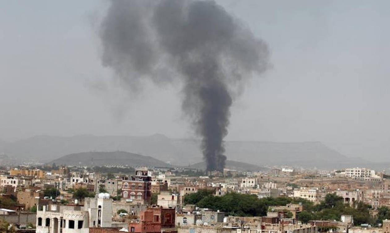 Υεμένη: Σφοδρές μάχες με δεκάδες νεκρούς κοντά στο λιμάνι της Χοντάιντα