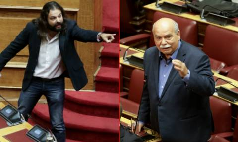 LIVE Βουλή: Ραγδαίες εξελίξεις μετά το παραλήρημα Μπαρμπαρούση