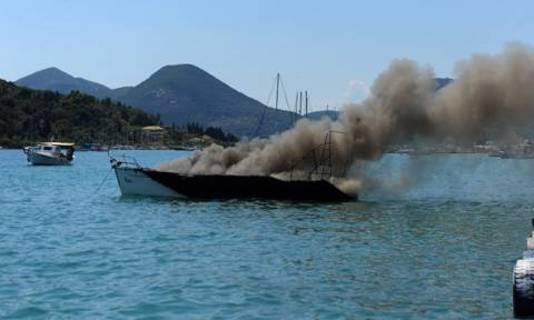 Συναγερμός στην Κέρκυρα: Έκρηξη σε σκάφος - Στο νοσοκομείο 10χρονος
