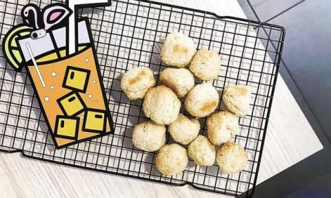 Φτιάξε coconets, τα διάσημα μπισκότα με καρύδα από τον Άγιο Δομίνικο!