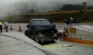 Καραμπόλα στην Εγνατία Οδό – Αυτοκίνητα «καρφώθηκαν» στα διόδια: Εικόνες – σοκ