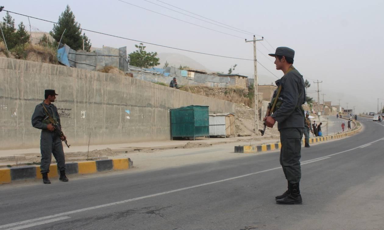 Αφγανιστάν: Πολύνεκρη επίθεση με παγιδευμένο όχημα στην Ναγκαχάρ