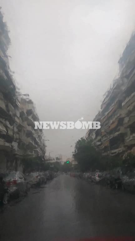 Έκτακτο δελτίο ΕΜΥ: Ραγδαία επιδείνωση του καιρού – Πού θα χτυπήσουν έντονα φαινόμενα σε λίγες ώρες