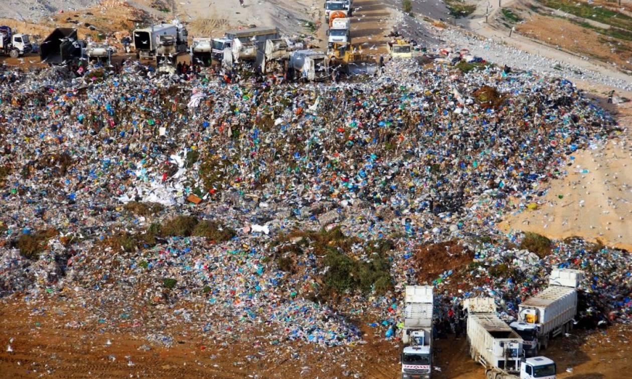 Θα «πνιγούμε» στα σκουπίδια - Έσπασε ο ΧΥΤΑ της Φυλής