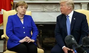 Τραμπ: Οι ΗΠΑ δεν θα γίνουν «καταυλισμός μεταναστών» σαν την Ευρώπη - «Καρφί» σε Μέρκελ
