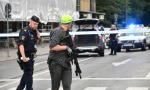 Συναγερμός στη Σουηδία: Πυροβολισμοί κατά του πλήθους στο Μάλμε (Pics)
