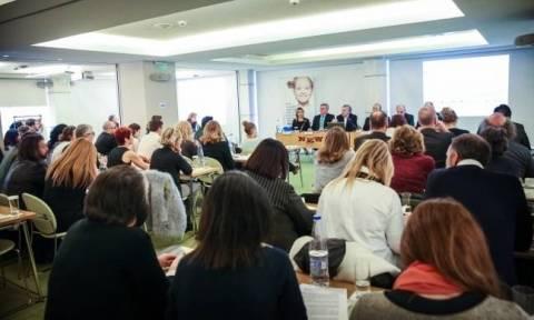 Λιγότερα και πιο ποιοτικά συνέδρια ζητά ο ΣΦΕΕ