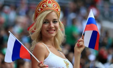 «Καυτή» αποκάλυψη: Η πιο όμορφη Ρωσίδα οπαδός στο Μουντιάλ είναι... πορνοστάρ! (pics)