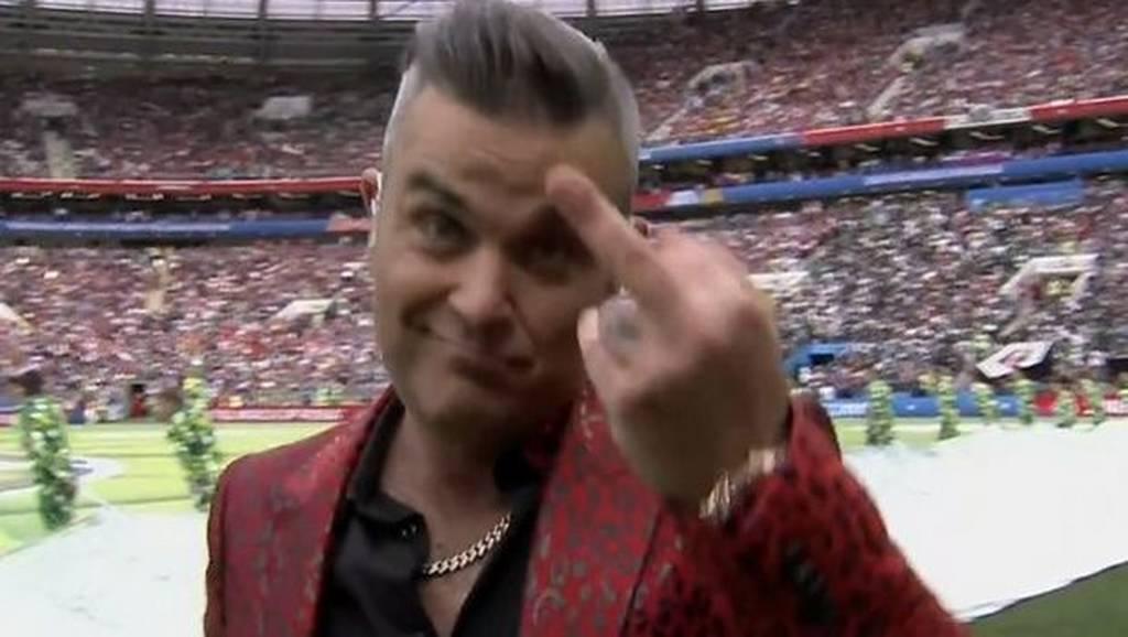 Μουντιάλ 2018: Η άσεμνη κίνηση του Ρόμπι Γουίλιαμς που άφησε άφωνους τους τηλεθεατές (pic)