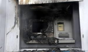 Μπαράζ εμπρηστικών επιθέσεων σε μηχανήματα ΑΤΜ στην Αθήνα