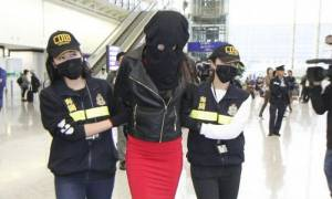 Ραγδαίες εξελίξεις: Ενώπιον του δικαστή η 20χρονη που συνελήφθη με κοκαΐνη στο Χονγκ Κονγκ