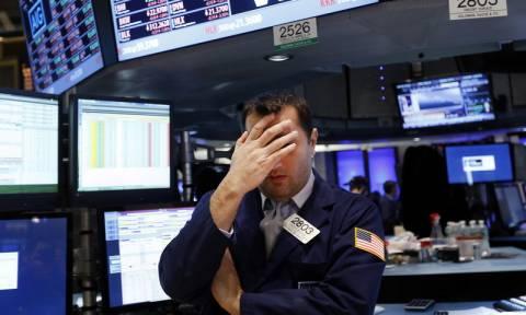 Πτώση χωρίς τέλος στη Wall Street: Αρνητικό σερί οχτώ συνεδριάσεων για τον Dow Jones
