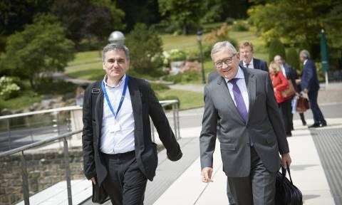 «Λευκός καπνός» στο Eurogroup: Έκλεισε η συμφωνία για το ελληνικό χρέος