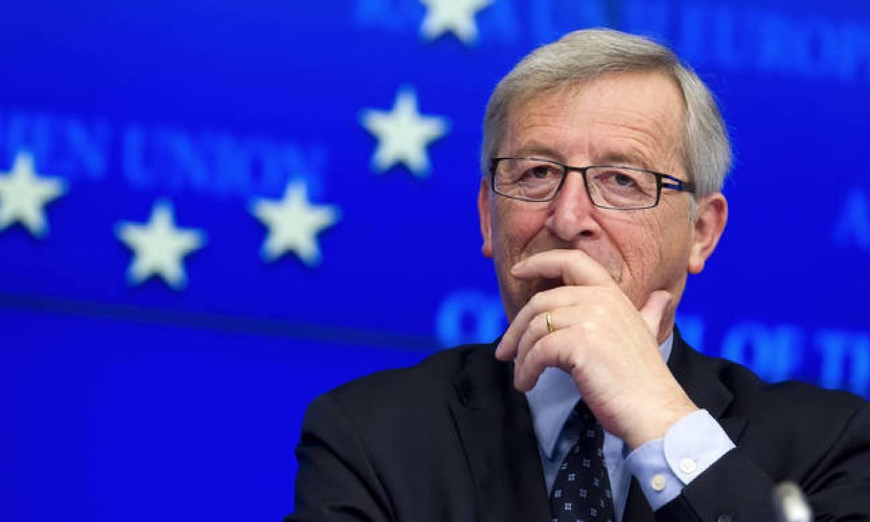 Ζαν Κλοντ Γιούνκερ: «Αποτίω φόρο τιμής στον ελληνικό λαό για την ανθεκτικότητά του»